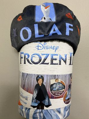 Disney frozen Olaf snuggle wrap for Sale in Austin, TX