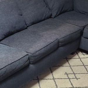 Pull Out Sectional Couch for Sale in Los Angeles, CA