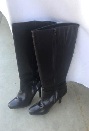 Ladies boots size 8M for Sale in Oregonia, OH