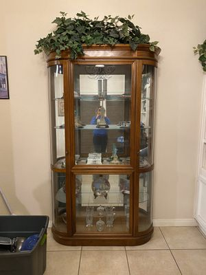 Wooden display case for Sale in Bakersfield, CA