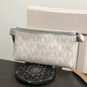 Michael Kors Belt Bag / Fanny Pack for Sale in Los Angeles, CA