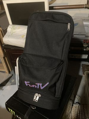 Portable DVD player self standing strap to back of car seat great for road trips. for Sale in Lake Angelus, MI