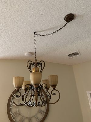 Hanging Chandelier, 5 lights for Sale in Hudson, FL