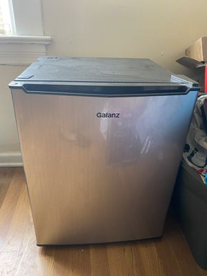 Galanz mini refrigerator for Sale in Pittsburgh, PA