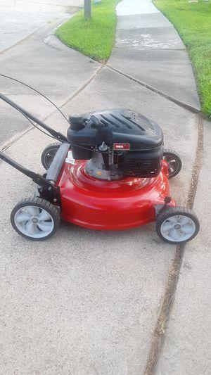 Yard Machine 139cc push Lawn Mower for Sale in Missouri City, TX