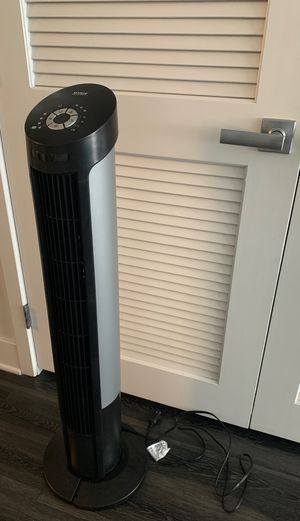 Seville Classics Oscillating Tower Fan - Black for Sale in Glendale, CA