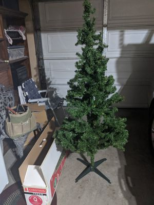 6ft Artificial Christmas Tree for Sale in Stockton, CA