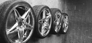 18 universal rims ..l accept decent of offers or trade for VW Jetta rims for Sale in Mundelein, IL