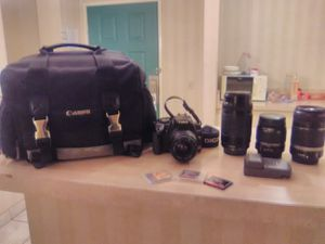 Canon EOS Rebel Xti Digital camera w/ 75-300mm lens, 18-55mm lens, 55-250 mm lense for Sale in Anaheim, CA