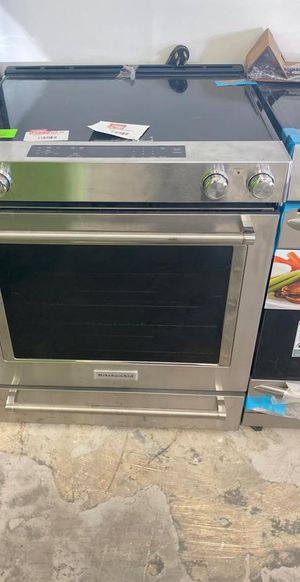 Kitchen aid KSEG700ESS electric stove ☺️☺️☺️ 3I4WH for Sale in San Antonio, TX