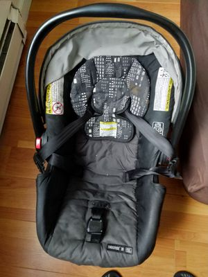 Graco clickconnect rear facing baby car seat for Sale in San Jose, CA