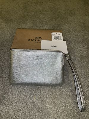 Authentic Coach Wristlet for Sale in Capitol Heights, MD