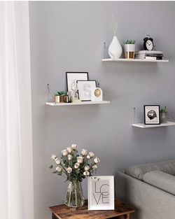 Wall Shelves, Floating Shelf Set of 3, Decorative Shelves, for Living Room Kitchen Hallway, White ULWS68WT for Sale in City of Industry,  CA