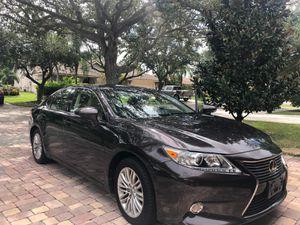 Lexus ES 350 clean title with low mileage for Sale in Lauderhill, FL