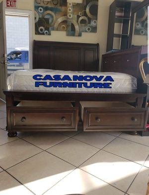 BRAND NEW BED FRAME QUEEN COMES IN BOX WITH EURO PILLOW TOP MATTRESS INCLUDED $480📢📢📢📢AVAILABLE FOR SAME DAY DELIVERY OR PICK UP for Sale in Compton, CA