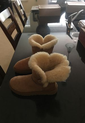 Uggs for Sale in Millersville, MD