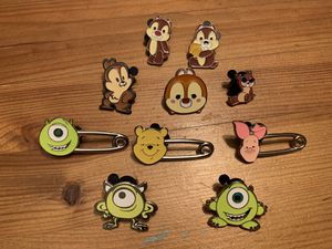 Disney Trading Pins- chip/dale and friends for Sale in Brea, CA
