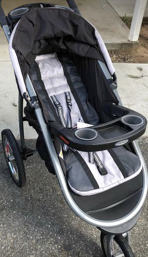 Graco jogging stroller for Sale in Phoenix, AZ