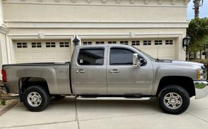 Chevy Silverado 2500HD 6.6L Duramax Diesel Truck for Sale in Tampa, FL
