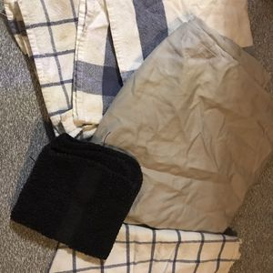 FREE Wash Cloths And Hand Towels for Sale in Elma, WA