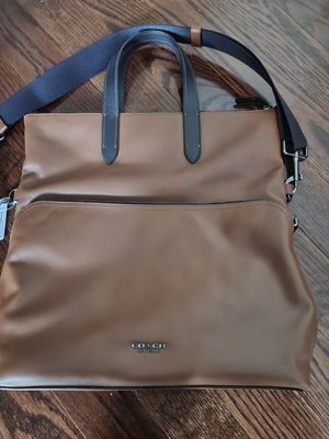 Coach tote bag (Brand new never used) for Sale in UPR MARLBORO, MD