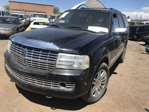 Parting out 2007 Lincoln Navigator for Sale in Phoenix, AZ