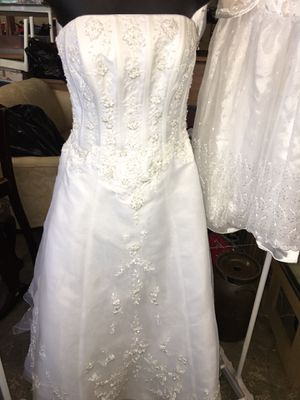 David's Bridal size 2p wedding dress for Sale in Anderson, SC