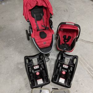 Britax BSafe Rear Facing Infant Seat With 2 Car Bases, Stroller And 2 Mirrors for Sale in Miami Springs, FL