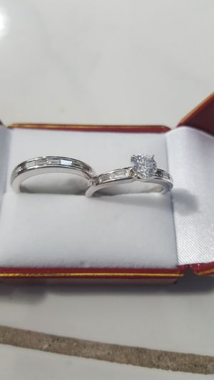 WAS $5,700!! BRAND NEW 1.40 CARAT DIAMOND ENGAGEMENT RING AND MATCHING DIAMOND WEDDING BAND WITH CERTIFIED APPRAISAL (SEE PIC # 2 FOR SPECS) 14KT for Sale in Providence, RI