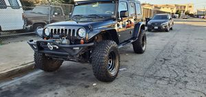 08 jeep wrangler UNLIMITED SAHARA lift no para partes for Sale in Compton, CA
