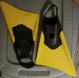 Churchill Makapuu Swimfins Size Small FINS Surf, Boogie Board, Swim Ocean for Sale in San Diego,  CA