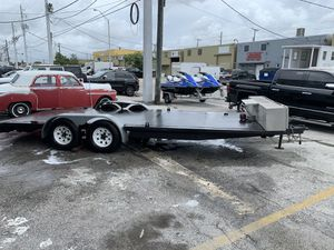 Car hauler trailer 27 feet for Sale in Hialeah, FL