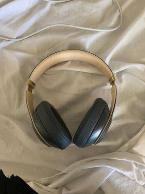 Beats Studio 3s New Condition for Sale in Upper Marlboro, MD
