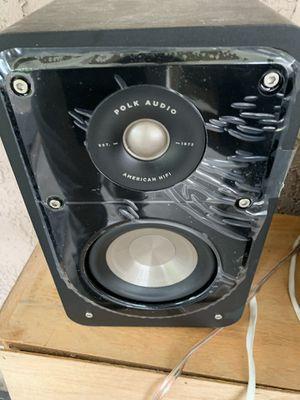 Polk audio signature series bookshelf speakers for Sale in Ontario, CA
