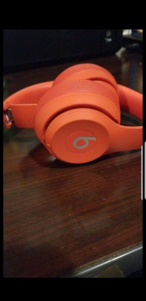 Dre beats solo 3 wireless for Sale in Los Angeles, CA