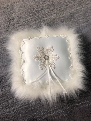 Wedding Ring pillow for Sale in Fontana, CA