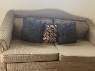 Couches With Pull out Bed NEED GONE ASAP for Sale in Eustis,  FL