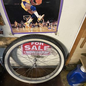 "24 "" Vintage Chrome Rim/Tire , New Inner Tube! for Sale in Upland, CA"