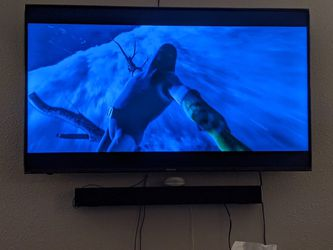 55' Hisense television with remote. for Sale in West Valley City,  UT
