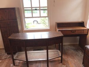 Drexel heritage sofa table/ media tv console for Sale in San Diego, CA