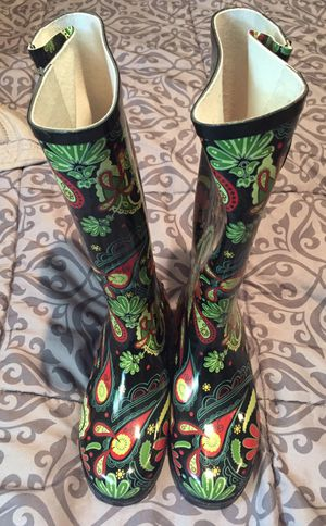 Brand new Nomad paisley rain boots for Sale in Wenatchee, WA