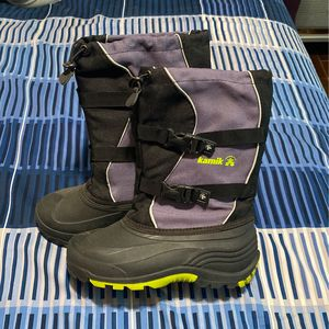 Youth Snow Boots for Sale in Hawthorne, CA