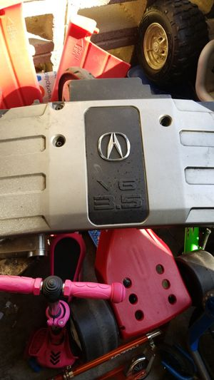 2000 acura rl 3.5 engine cover, no screws in good order. 10 bucks for Sale in Hayward, CA