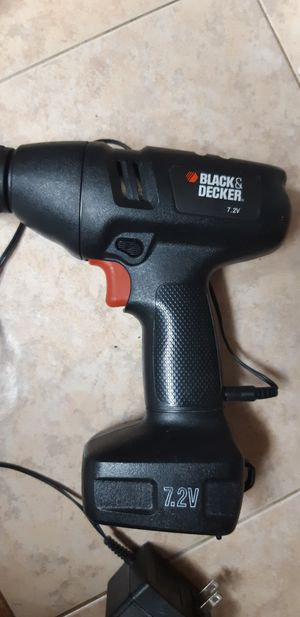 BLACK AND DECKER DRILL GUN WITH CHARGER for Sale in San Juan, TX
