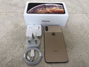 iPhone XS maxx for Sale in Fayetteville, AR