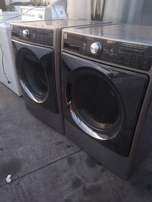KENMORE ÉLITE FRONTLOAD WASHER AND DRYER SET for Sale in La Habra, CA