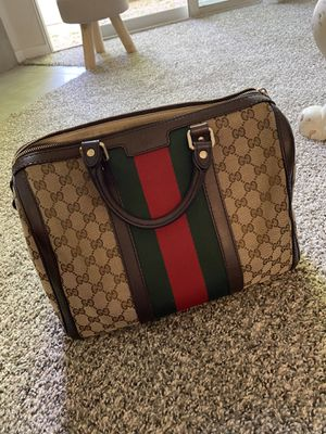 Gucci Boston vintage bag purse wallet for Sale in Las Vegas, NV