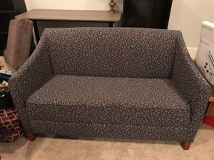 Small vintage style couch for Sale in Washington, DC