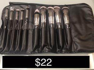 Makeup Brush Set for Sale in Chicago, IL