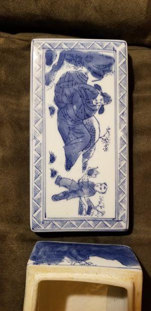 Antique Japanese ceramic box for Sale in Gladstone, OR